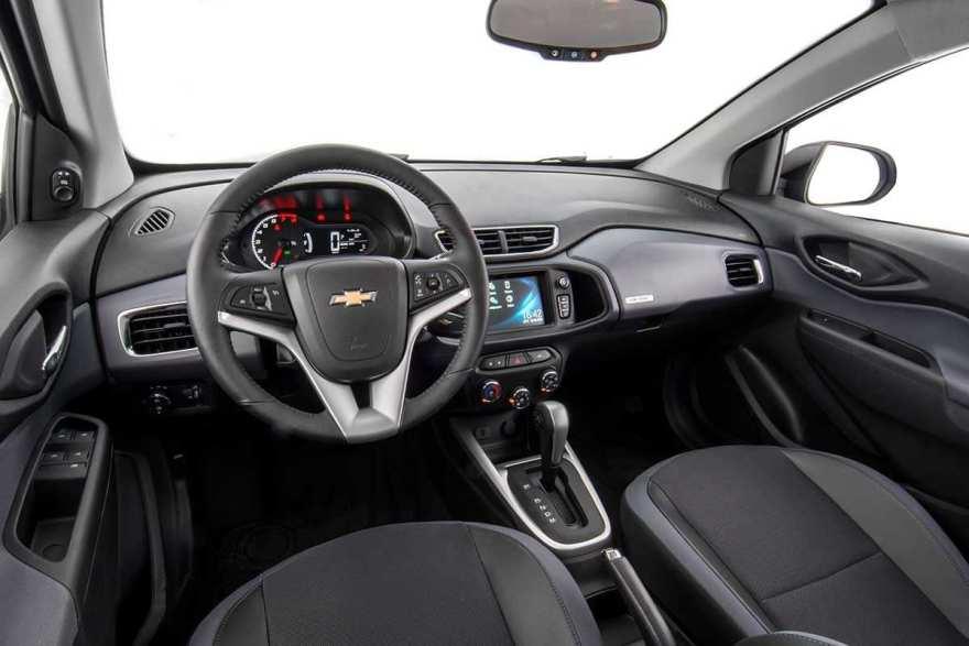 Chevrolet Onix интерьер 2019 модельного года