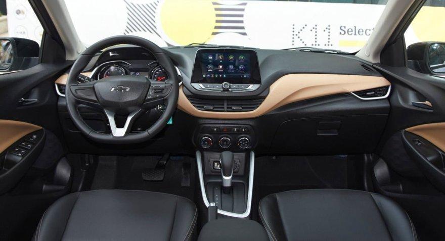 Chevrolet Onix интерьер топовой китайской версии, которая поступит в продажу летом 2019 года