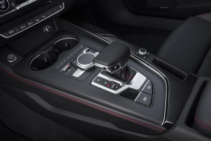 media-Audi A4 Avant S line Black (20)