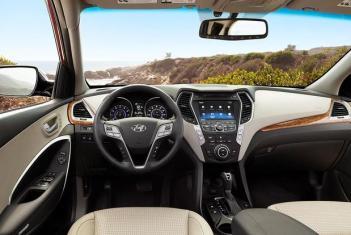 4 of 101 rear view. 2016 Hyundai Tucson Vs 2015 Hyundai Santa Fe Sport What S The Difference Autotrader