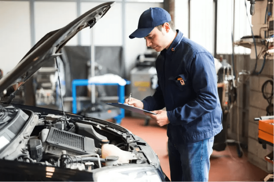 4 Great Reasons To Become An Auto Mechanic