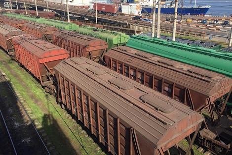 Нужны жд вагоны для перевозки? Вам требуются отправить/получить/заказать жд вагоны  для перевозки груза в Украине?