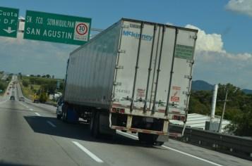 """Avalan solicitar exención al autotransporte de carga del """"Hoy no Circula"""""""