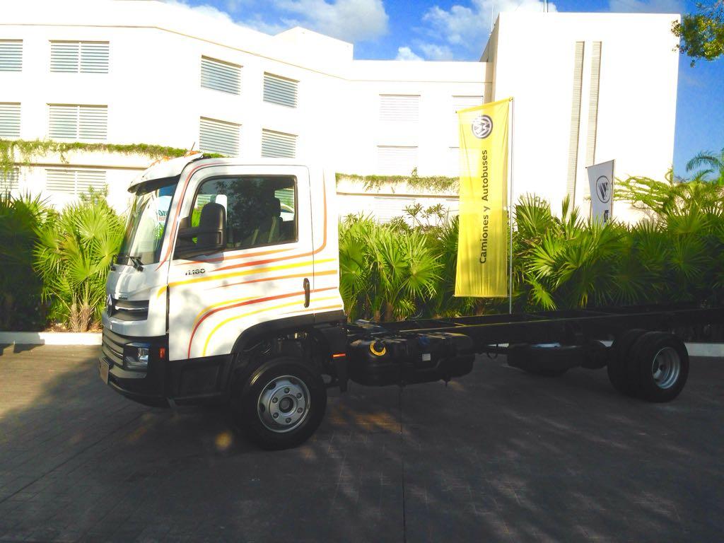Nuevo Delivery 11.180 «hecho en México», presente con la ANTP