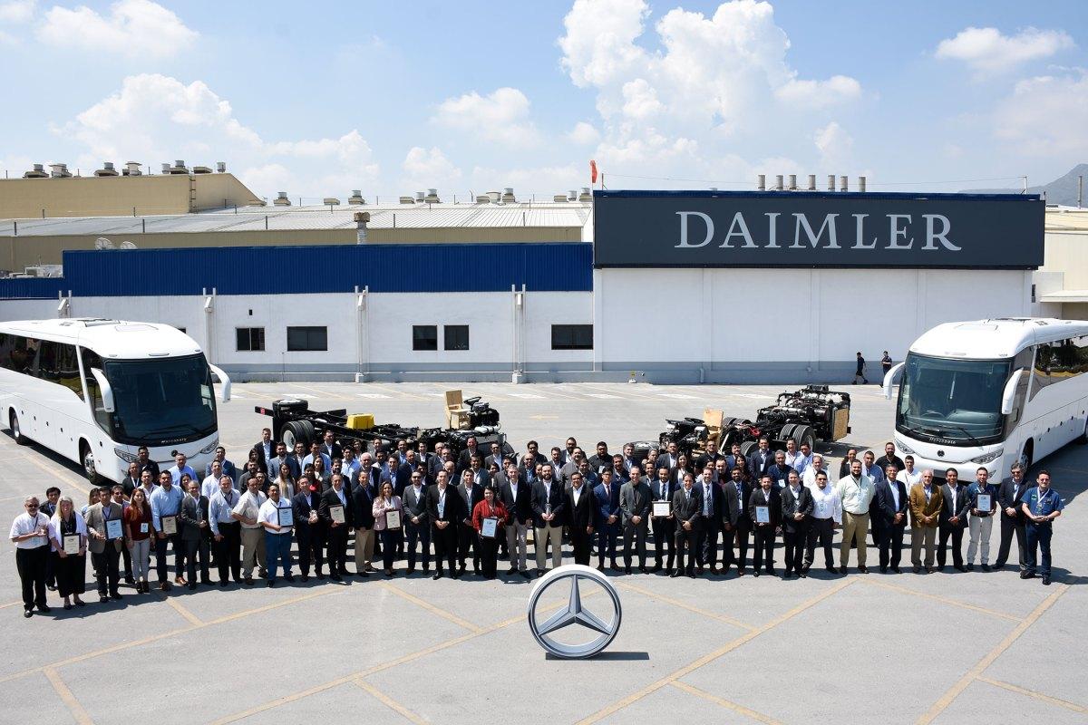 Mercedes-Benz Autobuses premia la calidad de sus proveedores