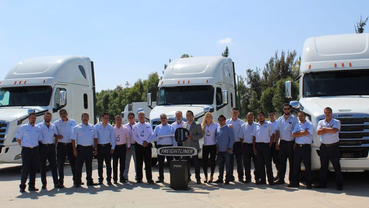 PROAN refrenda su confianza en Freightliner