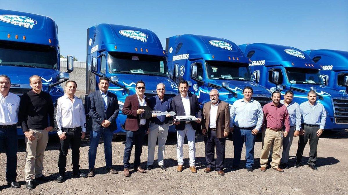Nuevo Cascadia llega a la flota de Beto's Trucking