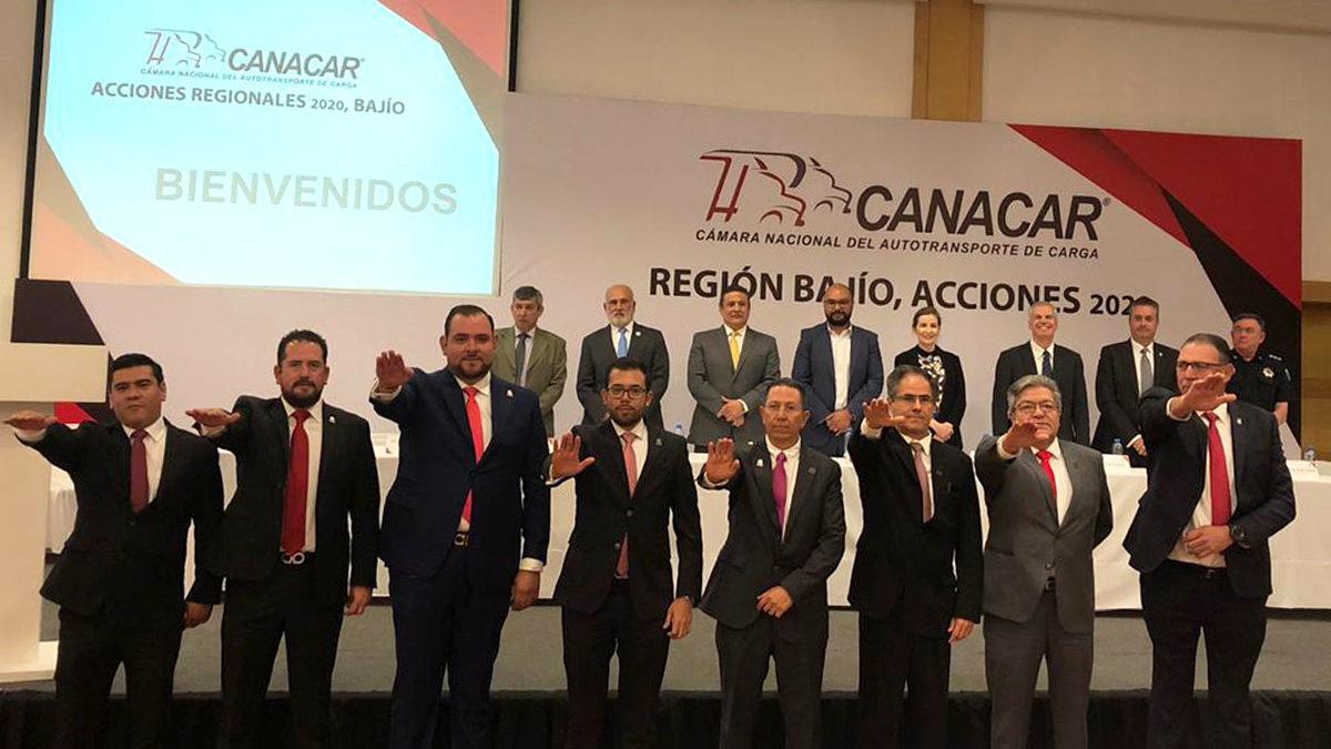 Rinde protesta nuevo delegado de CANACAR en Querétaro