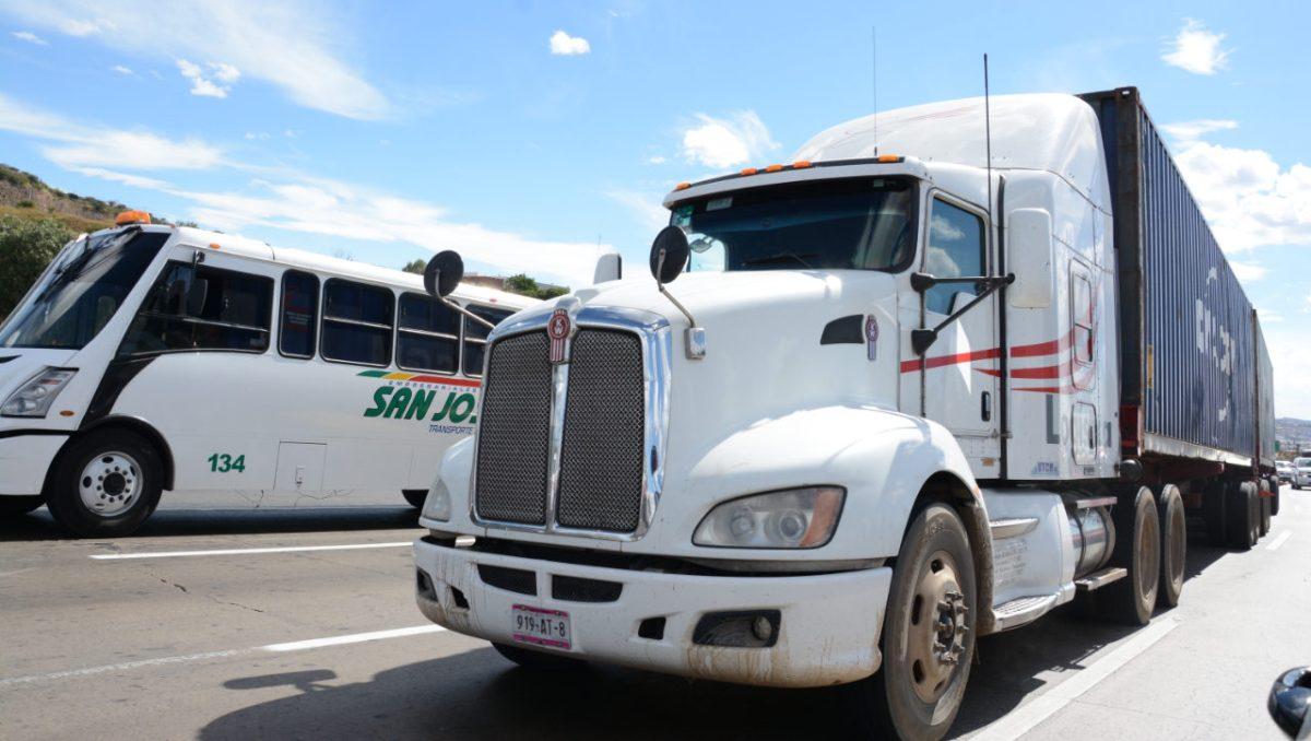 SCT anuncia fechas para trámites administrativos del autotransporte