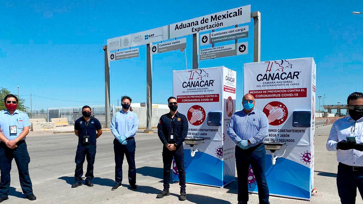CANACAR Mexicali dona lavamanos portátiles