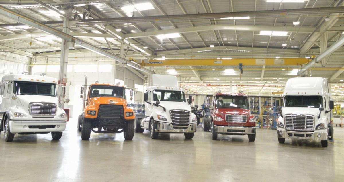 Exportación de vehículos pesados, con leve mejoría en julio