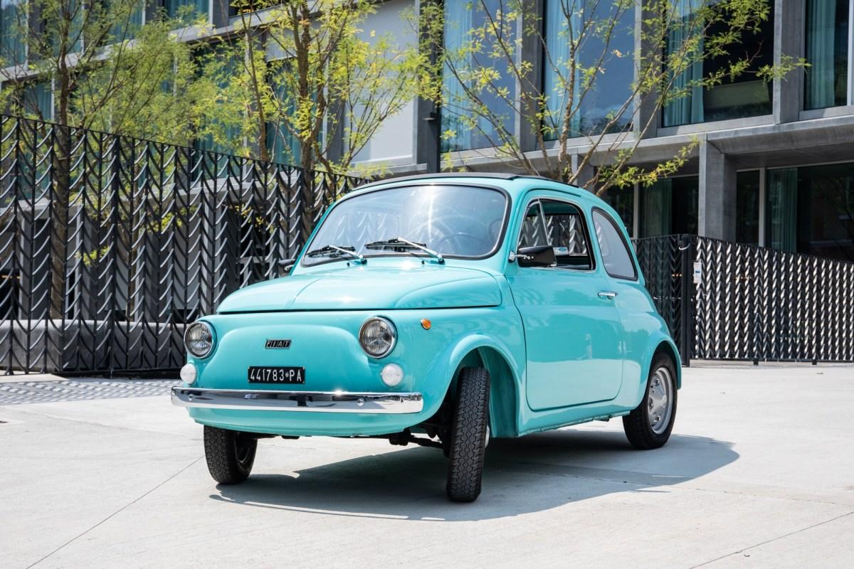 Lanza Pirelli neumático para el icónico Fiat 500