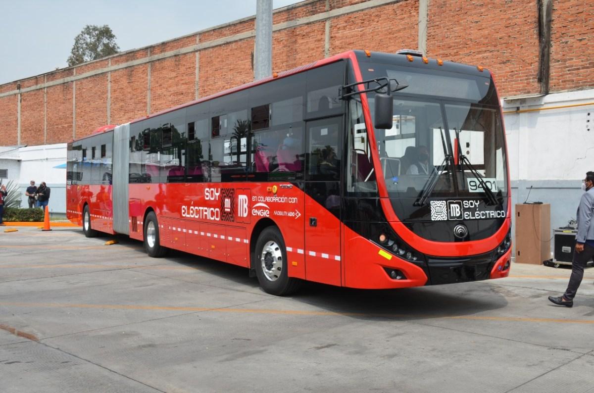 Metrobús pone en marcha la primera unidad articulada eléctrica en la CDMX