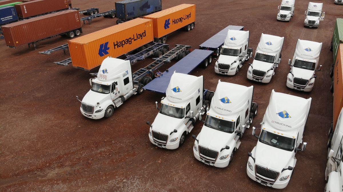 Continúa Navistar con entrega de unidades a clientes