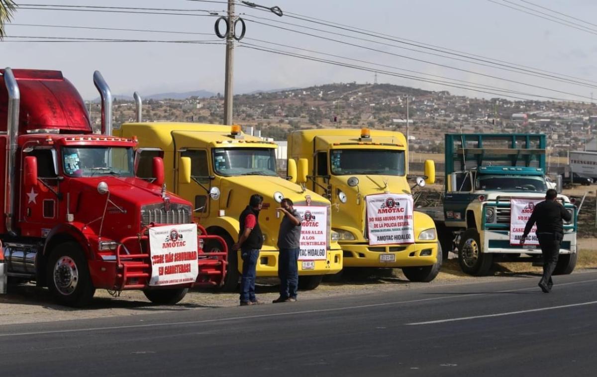 Transportistas de AMOTAC se manifiestan en distintos puntos del país