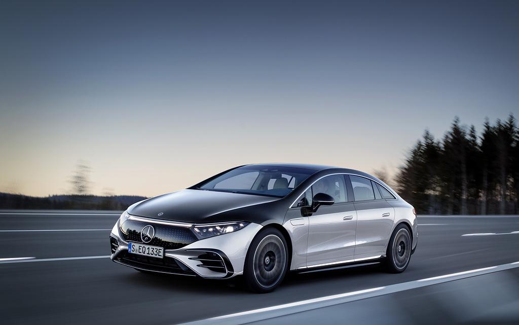 Presenta Mercedes-Benz su nueva estrategia de electrificación total