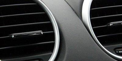 Jak odgrzybić klimatyzację w samochodzie