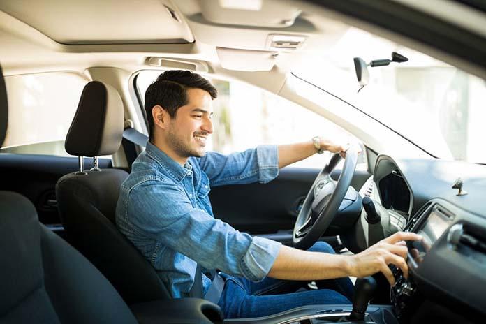 Kiedy ubezpieczyciel może odmówić pokrycia kosztów skradzionego auta?