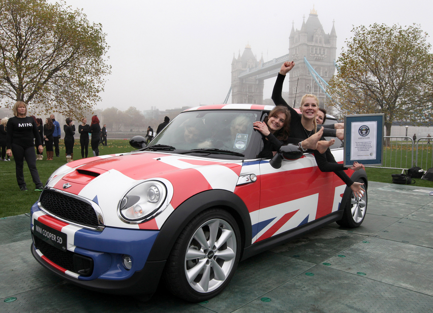28 people in a 2012 Mini is incredibly impressive.