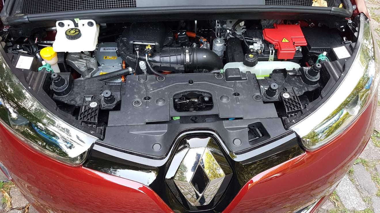 Blick unter die Motorhaube des Renault Zoe. Foto: Mertens