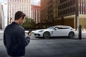 Porsche erleichtert das Laden von Elektroautos. Foto: Porsche