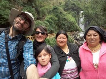 près de la cascade de Peguche