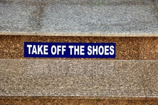 ôtez vos chaussures