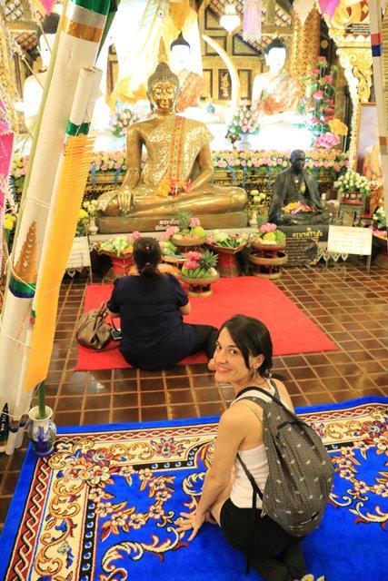 dans un temple accessible depuis le marché nocturne de Chiang Mai