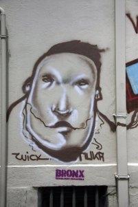 tag dans le quartier Taxim à Istanbul