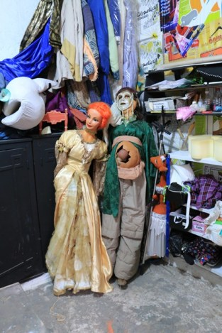 dans l'atelier du Centre National des Arts de la Marionnette
