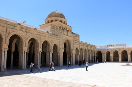 La grande mosquée ou mosquée Okba dans la médina de Kairouan