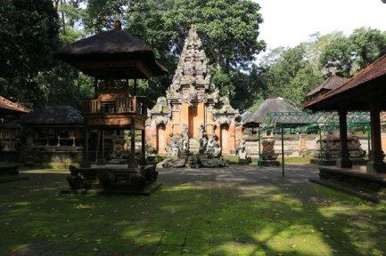 Un temple dans Monkey Forest (qu'on ne peut pas visiter :(