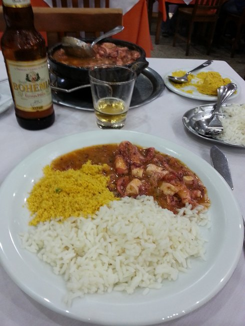 Moqueca de peixe (Brésil)