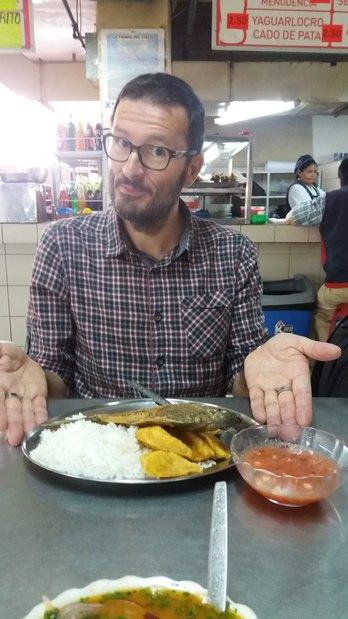 Tilapia (poisson) riz et bananes pantins frites (Equateur)