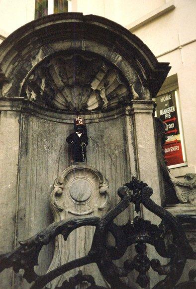 Le Manneken pis (RDV n°5 - Mes voyages avant...Internet...suite et fin)
