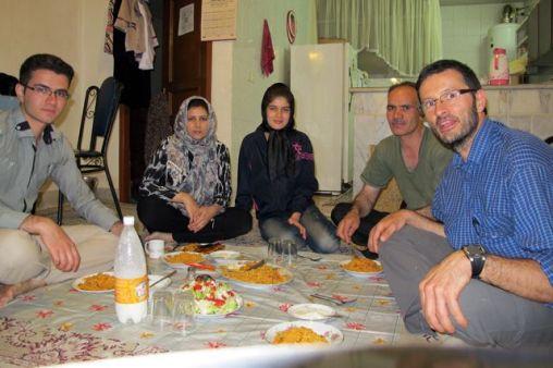Dîner traditionnel chez Shahram et sa famille