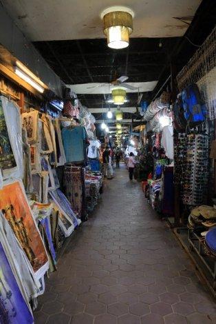 le nouveau marché de nuit à Siem Reap - L'autre ailleurs au Cambodge