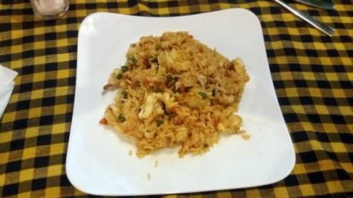 riz frit aux calamars dans un resto à Kampot (3,5$)