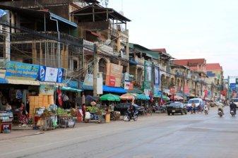dans la rue de Kampot
