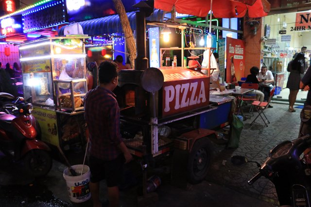 Pizza dans la rue
