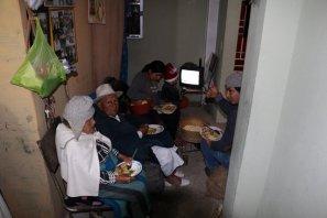 dernier dîner en famille à Otavalo (les parents de Blanca, Fabian , son épouse et son fils) - l'autre ailleurs, une autre idée du voyage