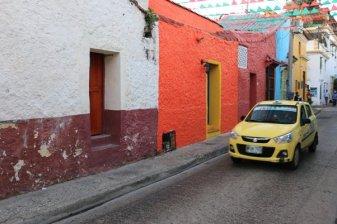 couleurs de la ville à Carthagène des Indes - l'autre ailleurs en Colombie, une autre idée du voyage