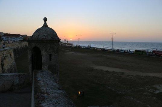 coucher de soleil à Carthagène des Indes - l'autre ailleurs en Colombie, une autre idée du voyage