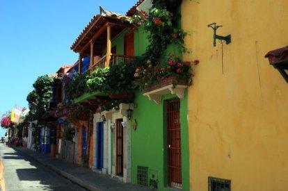 maisons colorées à Carthagène des Indes - l'autre ailleurs en Colombie, une autre idée du voyage