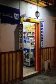 pharmacie à Salento - l'autre ailleurs en Colombie, une autre idée du voyage