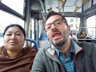 dans le bus avec Blanca à Otavalo - l'autre ailleurs