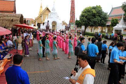 durant une fête à Lamphun, près de Chiang Mai - l'autre ailleurs, une autre idée du voyage