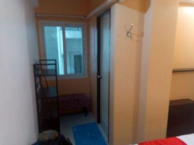 détail de ma chambre d'hôtel (Khaosan Art Hotel) à Bangkok - l'autre ailleurs, une autre idée du voyage