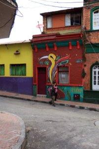 dans le quartier de la Candelaria à Bogotá - l'autre ailleurs en Colombie, une autre idée du voyage
