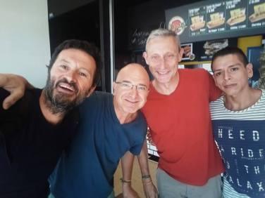 dernier selfie à Medellín dans l'aéroport - l'autre ailleurs en Colombie, une autre idée du voyage